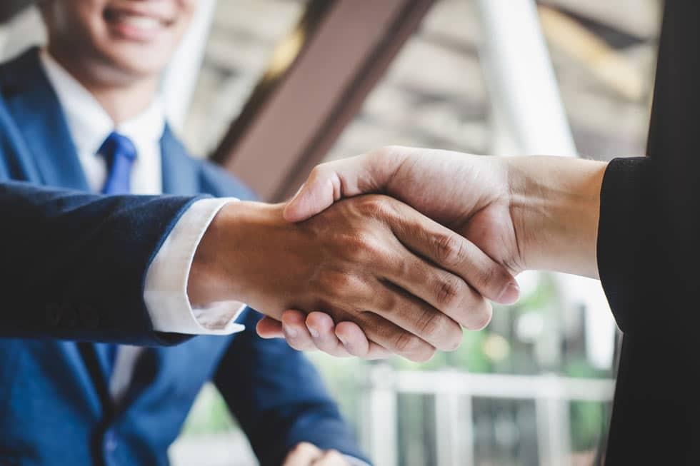 handshake upon financial advice